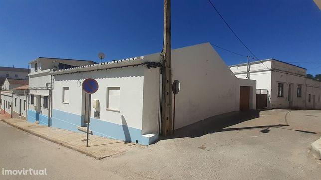 Casa na Aldeia - São Marcos da Serra- Algarve- Portugal .