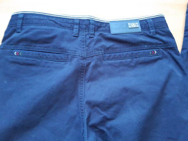 Spodnie męskie młodzieżowe granatowe