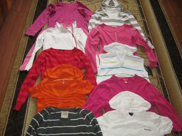 Фирменные кофты на девочку 10-12 лет (10 шт).