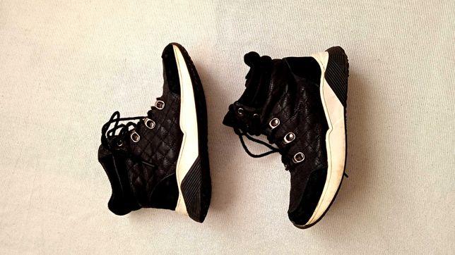 Демисезонные кроссовки ботинки  р 34-21,5см.