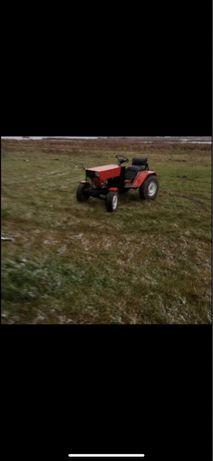 Трактор міні