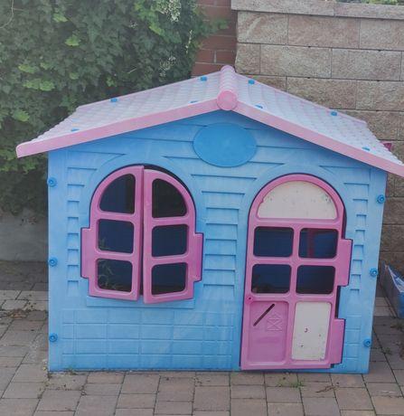 Duży domek zjeżdżalnia huśtawka grafis dla dzieci plac zabaw ogrodowy