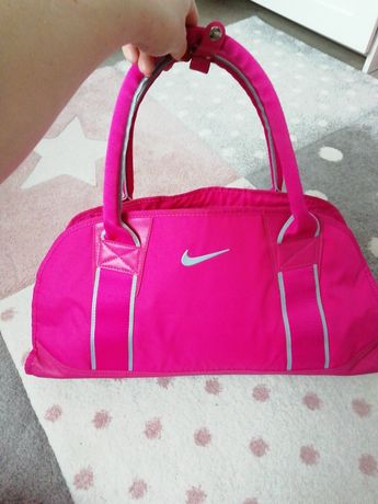 Nike różowa sportowa torebka