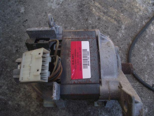 Motor de Máquina Lavar Roupa Wirlpool (e mais peças)