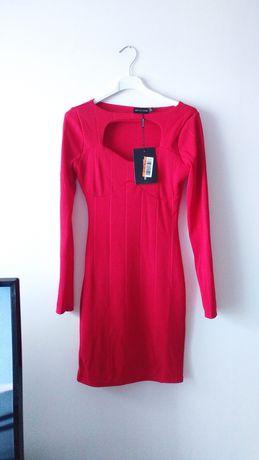 Nowa czerwona sukienka dopasowana prążkowana dekolt obcisła mini