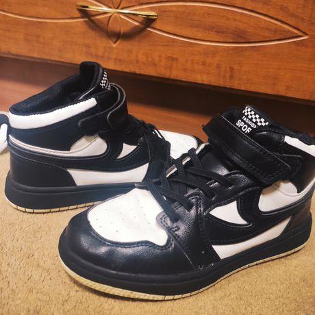 Кроссовки ботинки размер 34-35