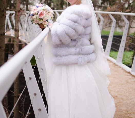Продам белую шубку на свадьбу