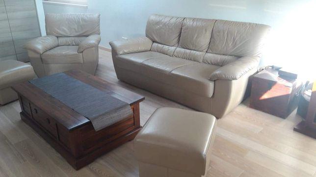 Kler kanapa fotel dwie pufy w skórze naturalnej