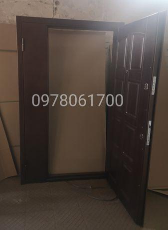 Двери полуторные 1200 металл/мдф с установкой - НЕ КИТАЙ!