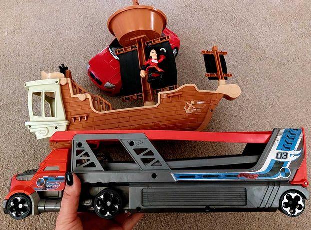 Hot Wheels автовоз,корабль,машина одним лотом