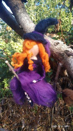 Вальдорфская ведьмочка рыжая красотка-декор на Хэллоуин