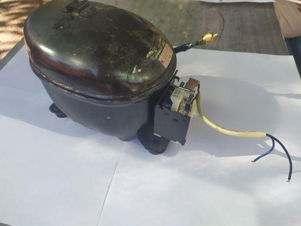 Компрессор для холодильника, модель HMK95AA
