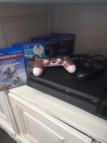 Playstation 4 Slim 1 TB + 4 jogos e 1 comando