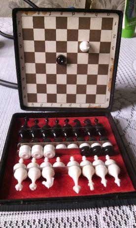шашки шахматы дорожные карманные на магнитах СССР знак качества Киев