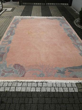 Wełniany dywan 253cm na 352 cm