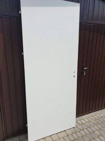 """Drzwi wewnętrzne """"DRE"""" Standard 10 o wysokości skrzydła = 224cm"""