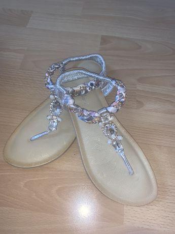 Sandalki japonki cekiny