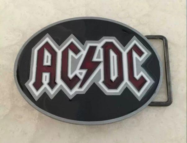 Ozdobna klamra do paska AC/DC loft
