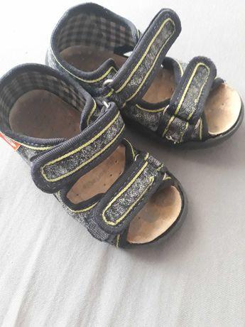 Buty sandałki chłopięce 22