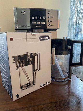 Кофейный аппарат (кофе машина, кофеварка) Delonghi Primadonna+молочник