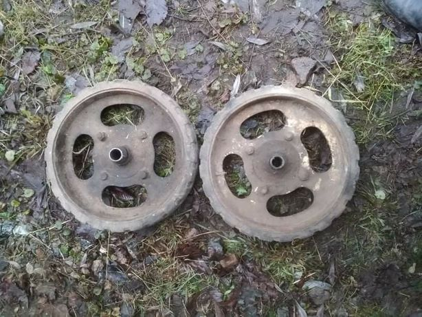 Колеса пара, металл