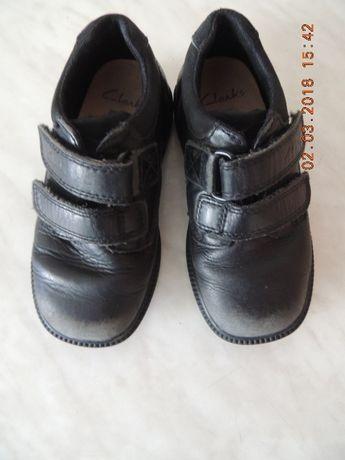 !Кожаные туфли Clarks на мальчика 27 р (17 см)