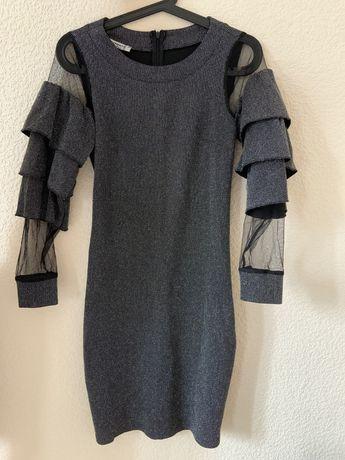 Сукня з сріблястою блискучою ниткою