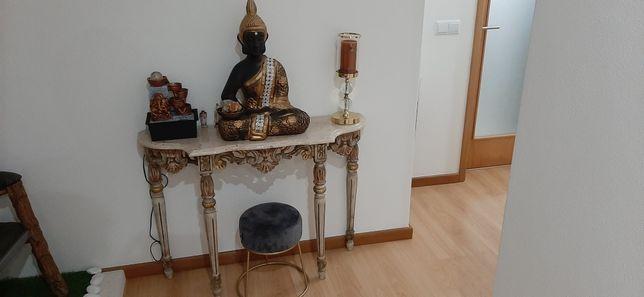 Credencia em madeira com tampo em pedra mármore