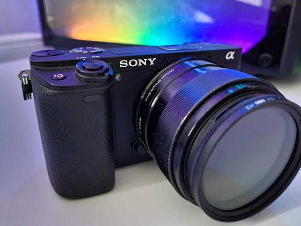 Sony A6300 + Sony E PZ 16-50mm F3.5-5.6 OSS + Sony E35mm F1.8 OSS