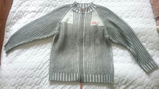 Sweter zapinany na zamek błyskawiczny na 140 cm wysyłam