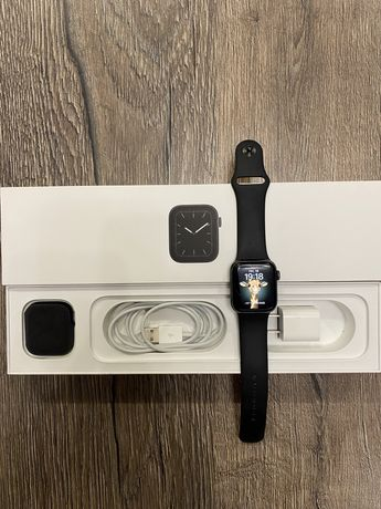Apple watch 5/40 mm black
