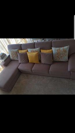Sofa com Chaise L.