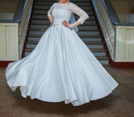 Свадебное платье б/у,
