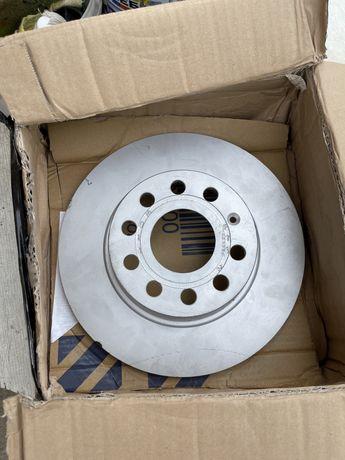 тормозной диск задний VAG,Audi A3,skoda octavia , vw golf 1k0615601aa