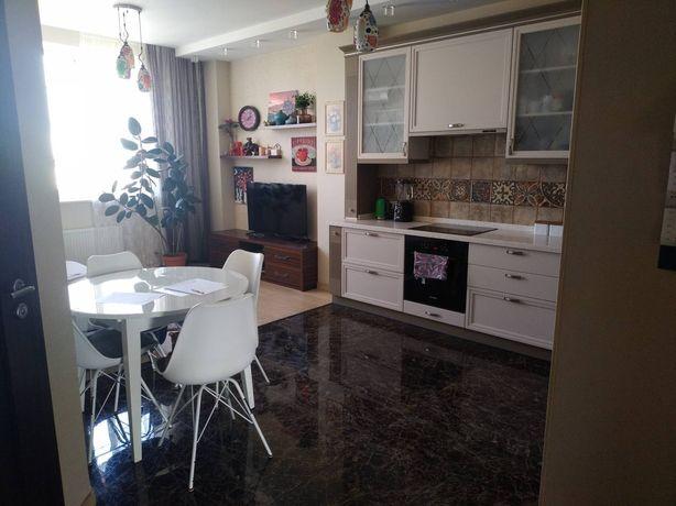 Продам красивую квартиру с качественным ремонтом на Таирова!