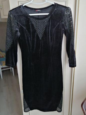 Сукня чорна велюрова