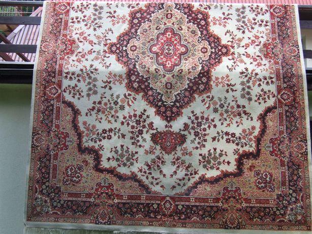 Sprzedam dywan wełniany 4x3