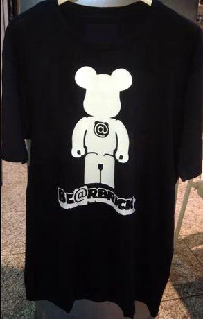 T-shirt - Kaws - Bearbrick