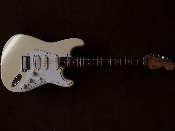 Fender Stratocaster Plus DeLuxe (1993)