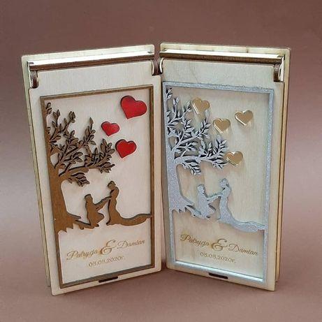 drewniana koperta na pieniądze ślub chrzest money box