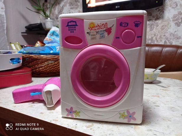 Продам стиральную машинку на батарейках фен в подарок