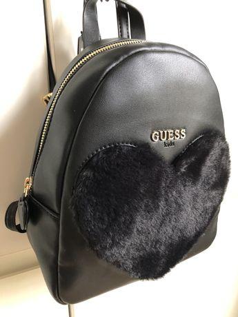 Plecaczek Guess nowy czarny-futerko