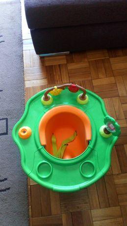 Cadeira comer e brincar de criança
