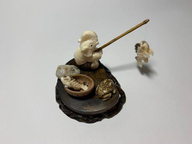 Фигурка Слон Рыбак, Статуэтка Слоник из кости и дерева