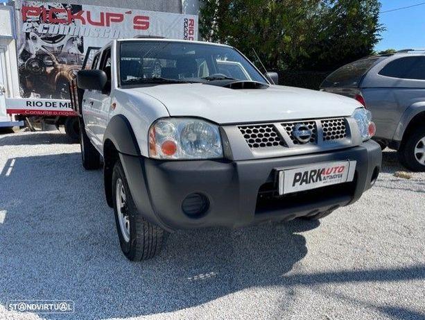 Nissan NP300 4x4 5 lugares Ar condicionado