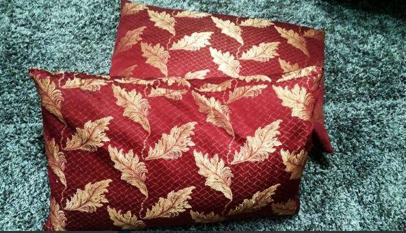 Подушка, подушки, декоративная подушка, бардовая подушка