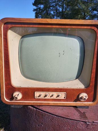 Telewizor Szmaragd 901