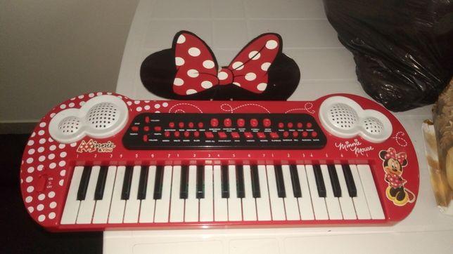 Piano criança pilhas Minie Disney