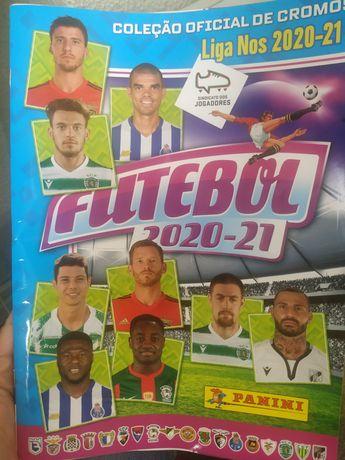 Colecção Oficial de Cromos Futebol 2020-21