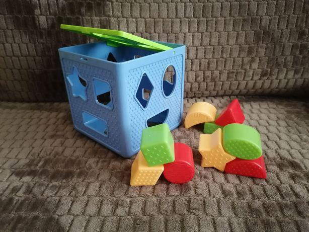 Игрушки для малышей (Кубик-сортер, неваляшка, барабан, мозаика)